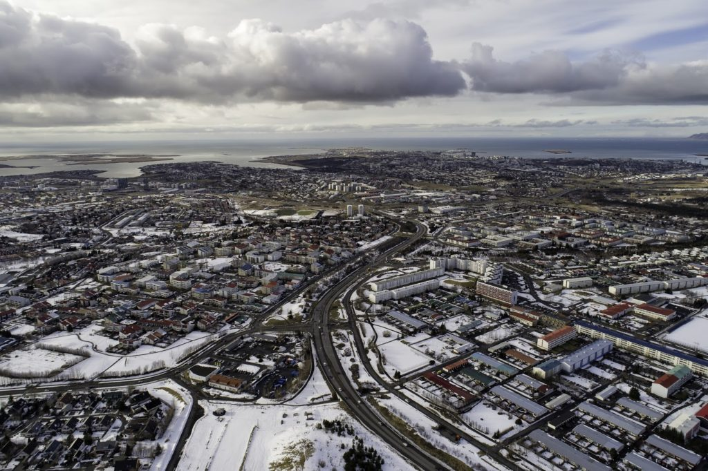 The Icelandic Weather: myths and realities