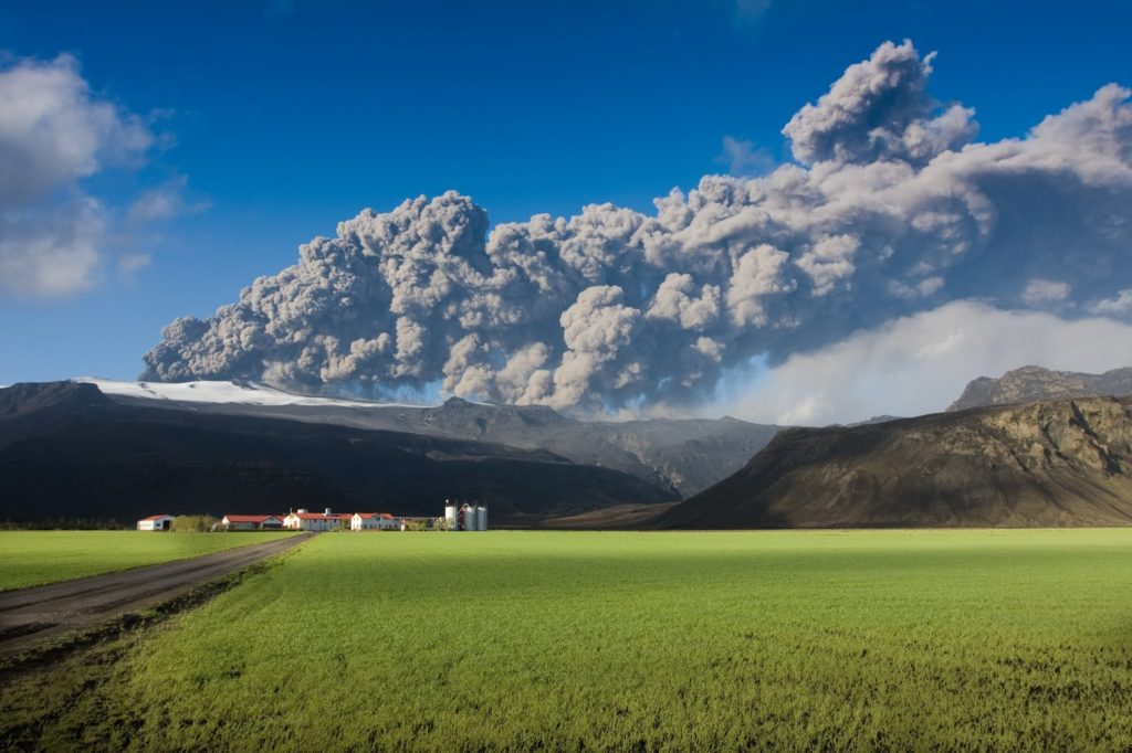 Icelandic volcanoes - Visit the famous volcanoes in Iceland!