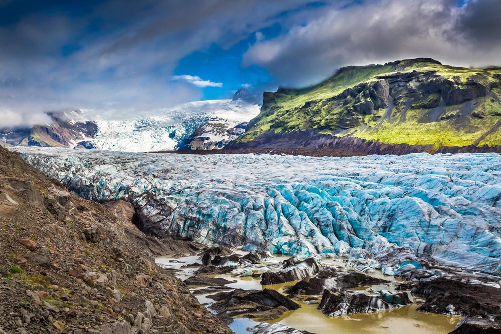 Vatnajökull National Park's glacier and mountains