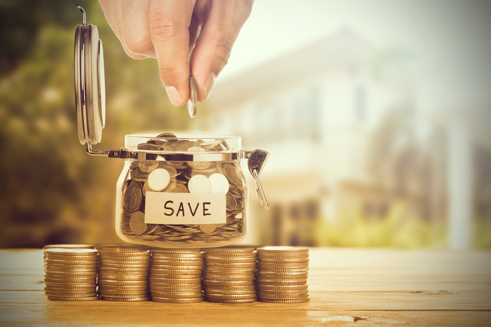 What are the best ways to save money in Iceland?