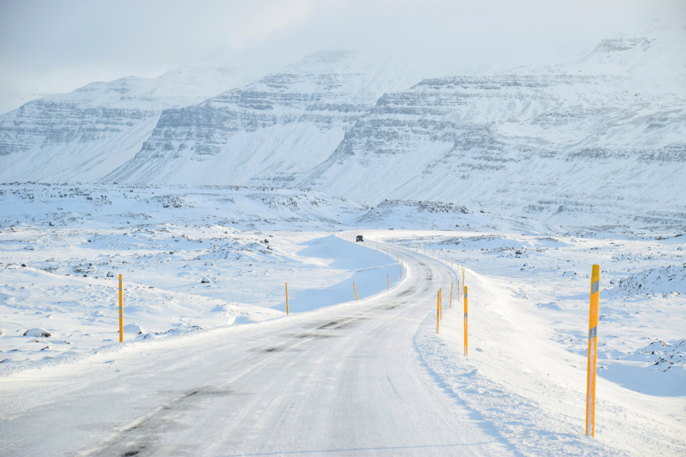 Winter roads - get some Iceland driving tips and FAQs
